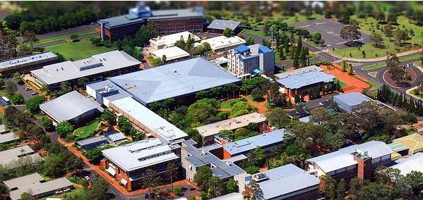 澳大利亚南昆士兰大学university