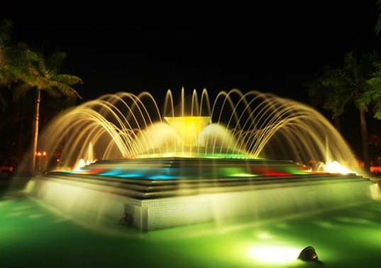 马来西亚北方大学喷泉夜景