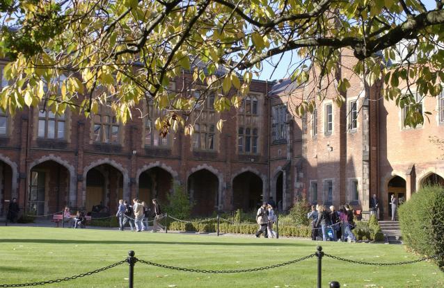 校园风景-英国贝尔法斯特女王大学-国外大学大全- 114